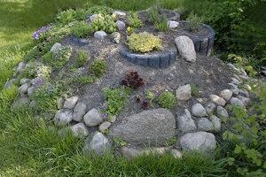 Ein Kräutergarten muss nicht unbedingt in Form eines Beetes angelegt werden