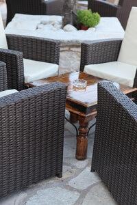Rattanmöbel schaffen ein stilvolles Ambiente im Garten