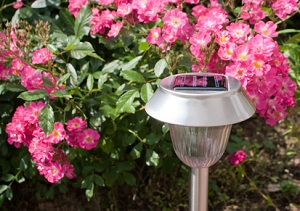solartechnik im garten garten garten tipps f r hobbyg rtner. Black Bedroom Furniture Sets. Home Design Ideas