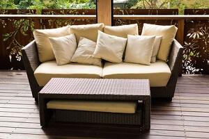 Gartenmöbel im Lounge-Stil gehören auch 2013 zu den Trends © frozensage - Fotolia.com