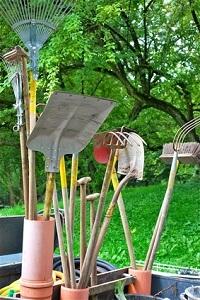 Bald ist es wieder Zeit, die Gartengeräte heraus zu holen © aka111 - Fotolia.com