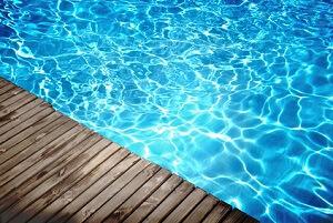 Ein Pool im Garten tut Körper und Seele gut © Petair - Fotolia.com