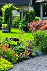 Ein schöner Vorgarten ist wie eine Visitenkarte © fotomine - Fotolia.com