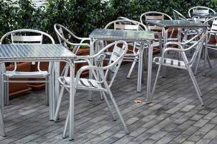 Gartenmöbel aus Aluminium - Pflegeleicht und günstig © terex - Fotolia.com
