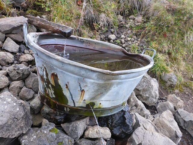 Regenwassernutzung im Haushalt und Garten – umweltfreundlich Wasser sparen